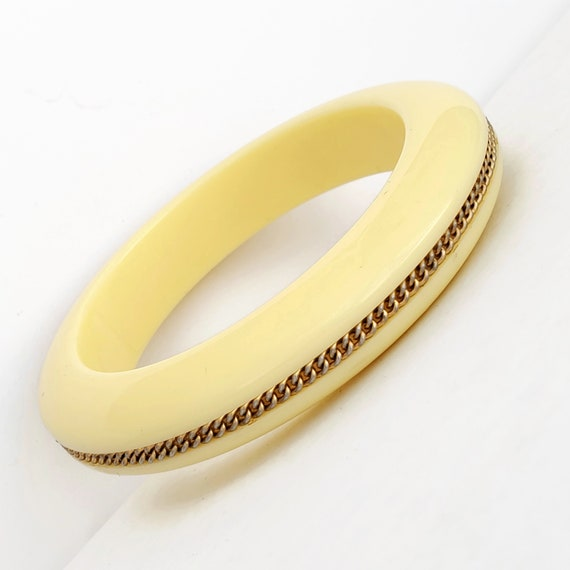Buttery Yellow Lucite Bangle Bracelet with Inlaid