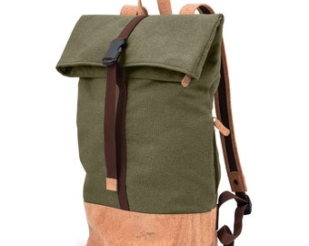 Waterproof Roll-Top Backpack made of cork (olive/natural)