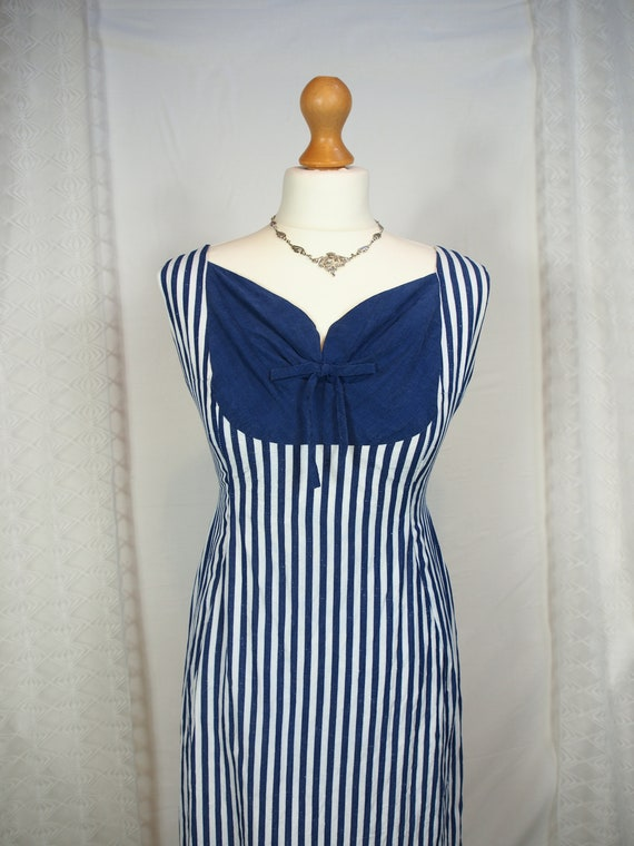 Amazing 1950s striped wiggle dress with sweethear… - image 3