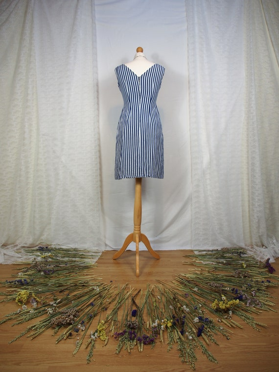 Amazing 1950s striped wiggle dress with sweethear… - image 4