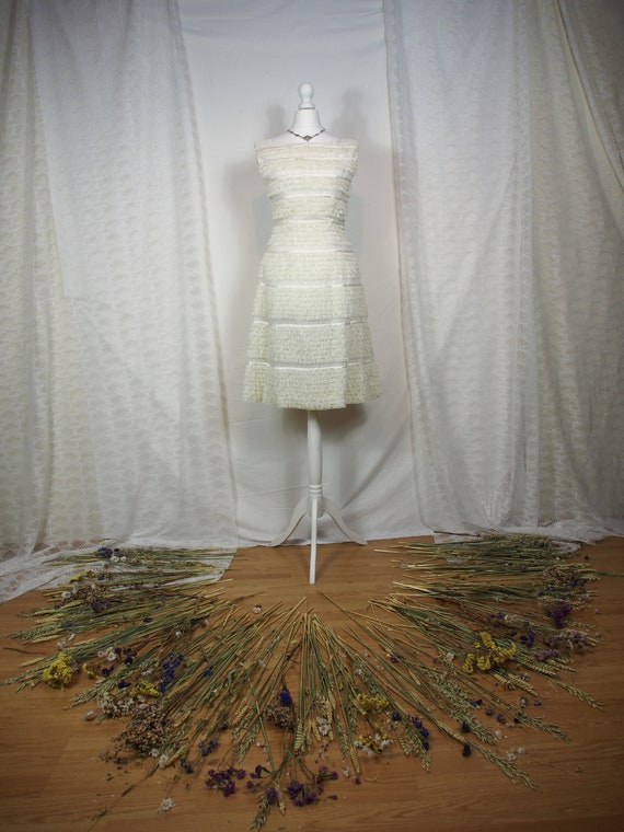 Amazing 1960s Harrods white lace mini dress