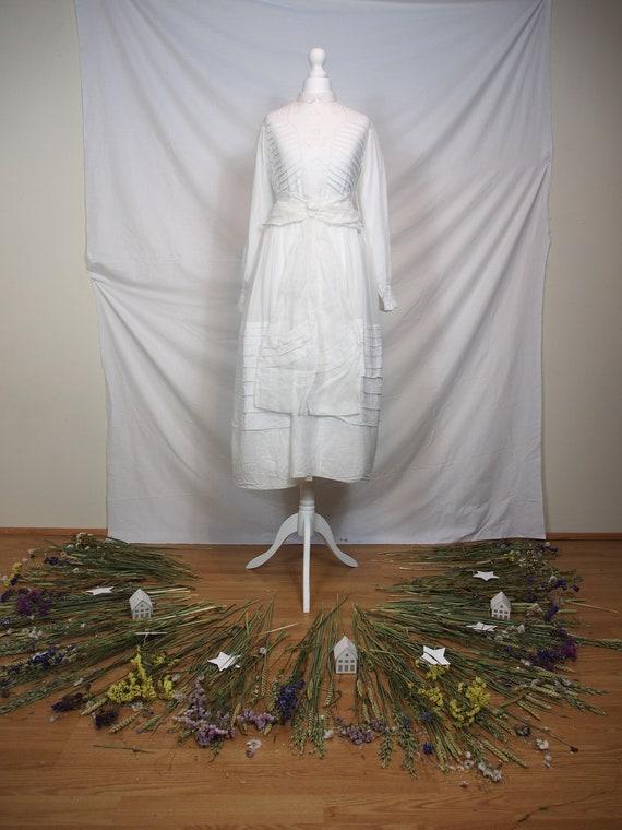 Delicate 1910s Lingerie dress