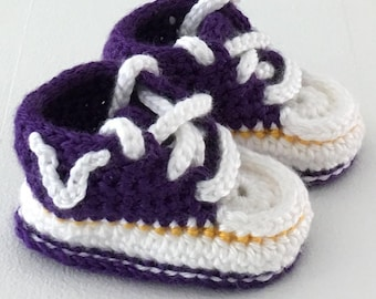 661a817f0143 Minnesota Vikings Sports Football Team Sneaker Style Baby Booties