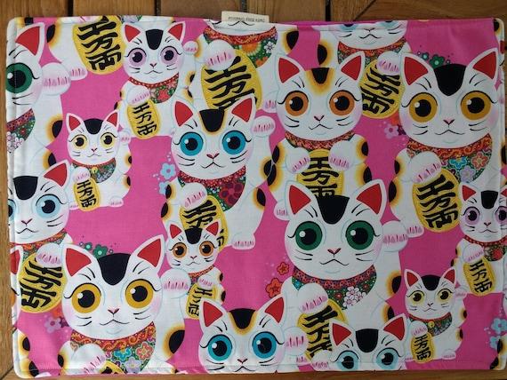 Organic Catnip Blankets - Maneki-Neko Japanese Luck Cat Beckoning Cat