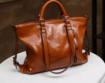 66184a810334 Ladies Leather Bag