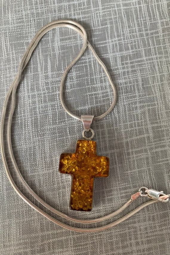 Vintage Sterling Silver and Amber Necklace