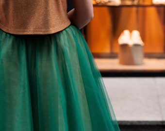 18cfd0b01 Emerald green skirt,Wedding skirt,High low tulle skirt,Dark green  skirt,Wine and navy Skirt,Tulle train dress,Beige bridesmaids