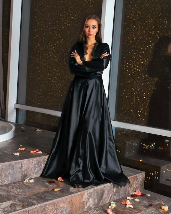 Plus size kimono robe Personalized Black lace dressing gown Personalized Curvy lingerie Artificial silk bathrobe Satin house coat