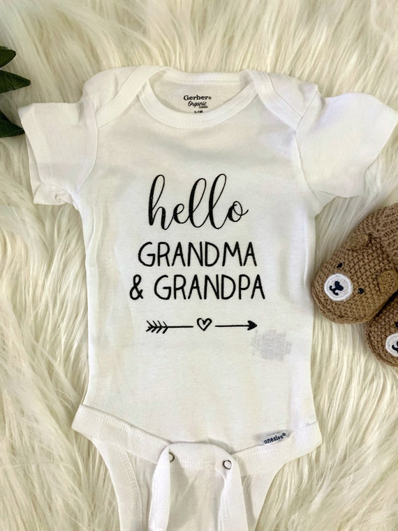 Pregnancy Announcement Onesie \u00ae Gift Box a Hello Nana Love Heart Baby Reveal to Parents Grandparents Grandma Abuela Mimi Nonna Gigi