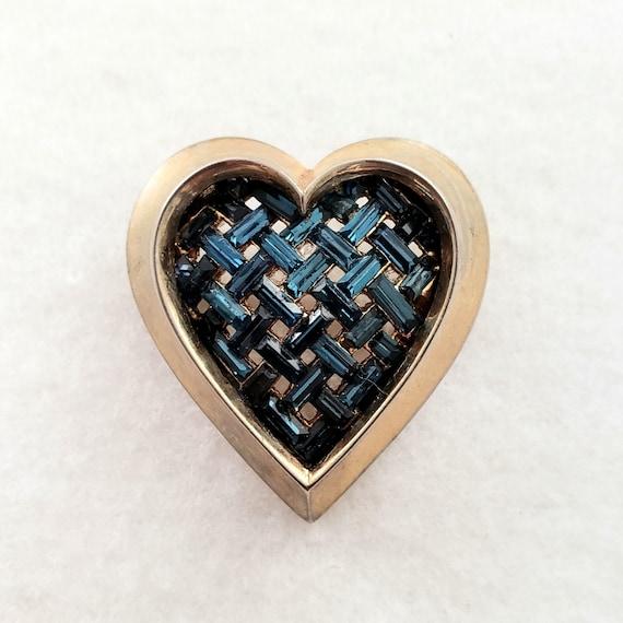 TRIFARI HEART Pin - Trifari Sapphire Baguette Latt