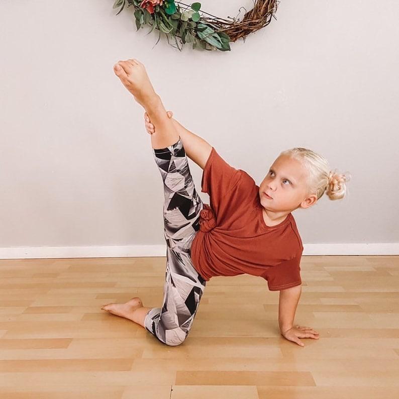 Capris Athletic Capris gym shorts yoga pants