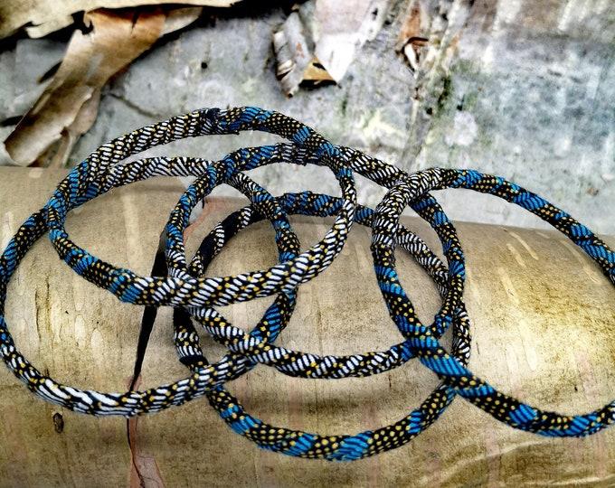 Set of 5 fabric bracelets