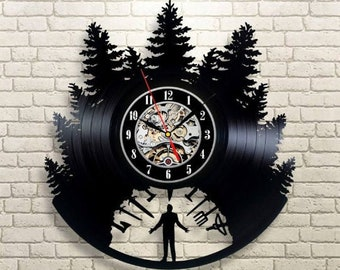 28fe58afb46c Twin Peaks Serial Vinyl Record Wall Clock Vintage Twin Peaks Art Birthday  Gift Idea For Fan Gift For Boy Room Decor Wall Clock Large