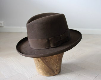 76c00a08857c41 Vintage Borsalino Homburg, vintage hat in great condition. Formal hat in  small size.
