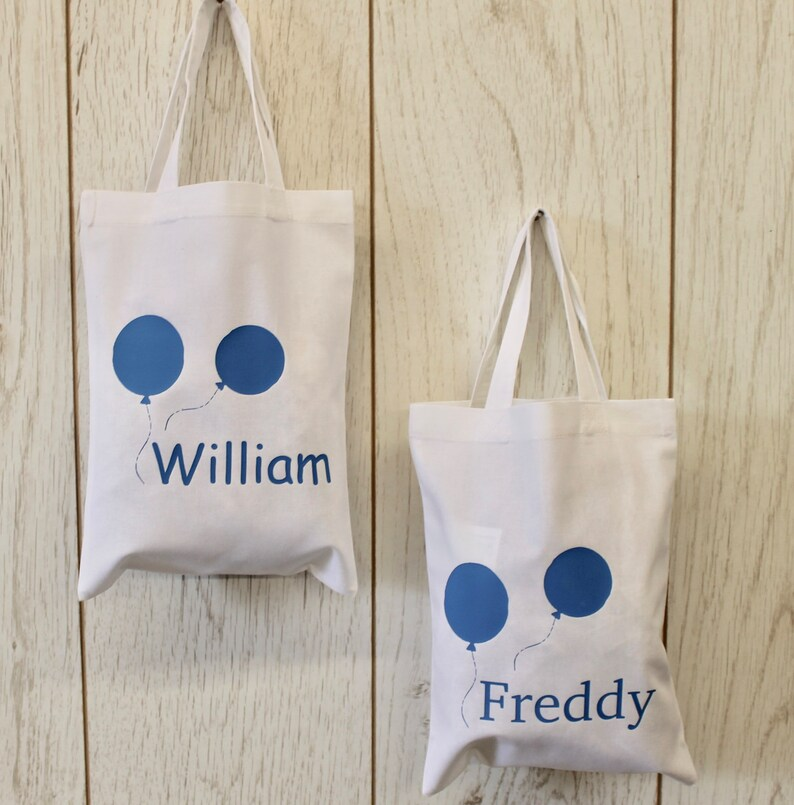 Best personalised gift bag options