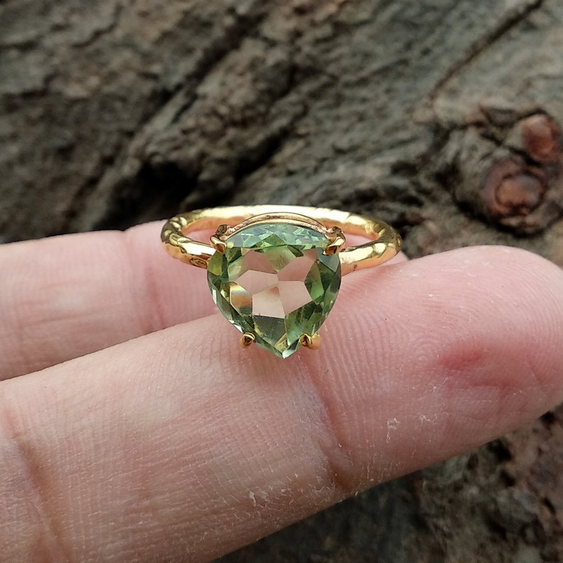 Sterling Silver Ring Wedding Ring Gold Plated Ring 10mm Faceted Cut Gemstone Green Amethyst Quartz Heart Ring Textured Ring