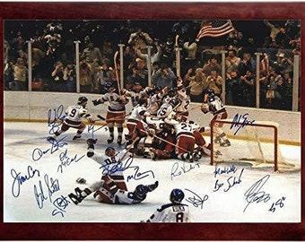94c948224c8 1980 US Olympic Hockey Team Autograph Replica Super Print - Miracles Do  Happen