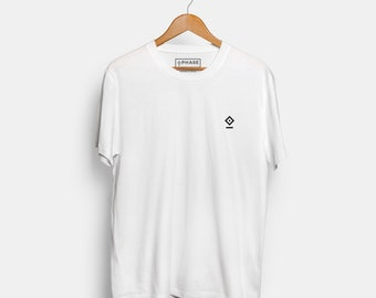 White streetwear t-shirt / Basic tee / high-quality cotton unisex T-shirt with embroidered logo