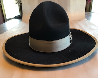 03ffd5814993a Ladies Cowboy Hat Vintage size 7 1 4 5X Beaver Quality Wild West Outfitters