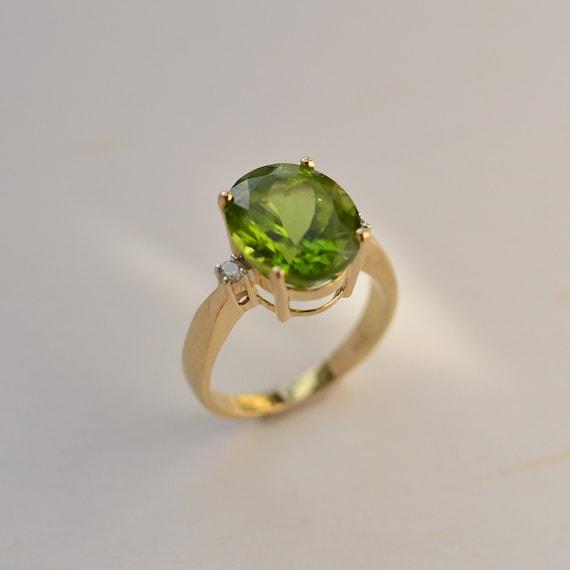 Peridot ring, Oval Peridot gold ring, August birth