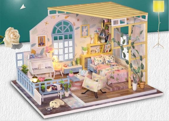 Conjunto en caja con cuentas de casa de muñecas miniaturas