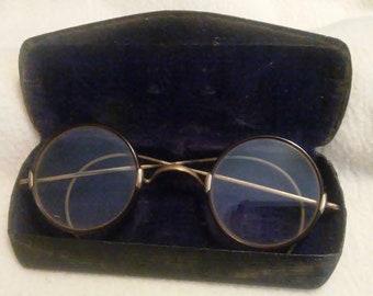 449d6f6a7985 Vintage Windsor Style Eyeglasses with Black Case