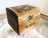 Square shape carved wooden jewerly box keepsakes storage floral ornament home interior decor piggy bank cash box inlay technique mini chest