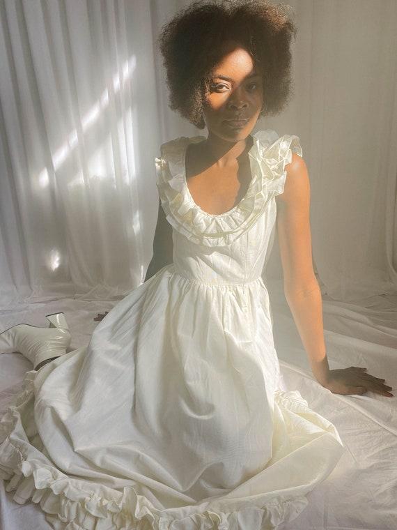 Vintage 1970s Ruffled Wedding Dress