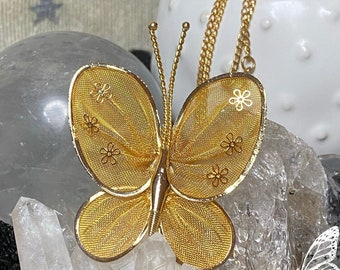 """Vintage 50's Era Large Butterfly Pin/Pendant with 18"""" Chain"""