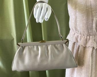 Vintage 60's Leather Handbag. Woman's Purse. Daily Handbag Beige Leather Purse. Woman's Accessory. Vintage Australia Leather Hand Bag