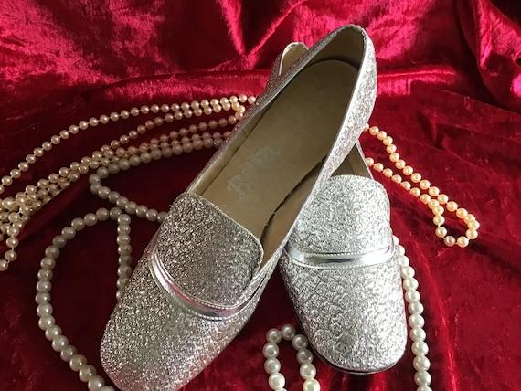 Vintage 60's Silver Lurex Shoes. EU 37.5 Size. Siz