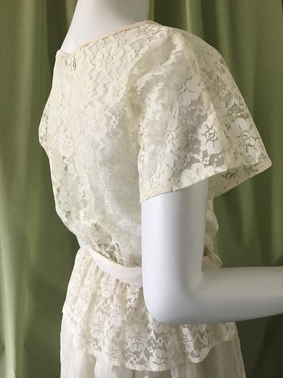 Vintage 60's White Lace Blouse. Woman's Clothes. … - image 4