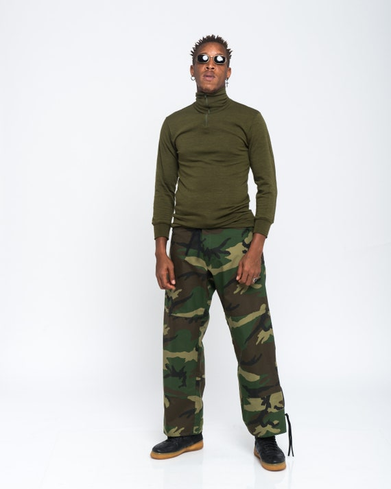 MILITARY MOCK turtleneck military green front zip