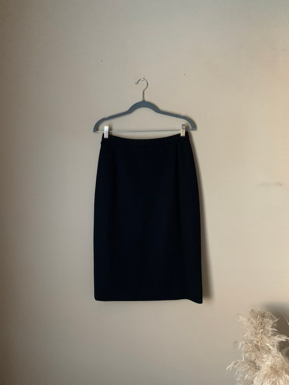Women's Vintage Two-Piece Floral Skirt Set Size 10 - image 4