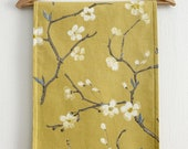 Mimosa Print Table Runner / Yellow Tablerunner