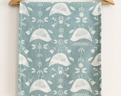 Birdie Print Table Runner /  Countryside Tablerunner