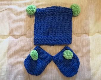 set cappellino + guanti neonato 8b0082e82db2