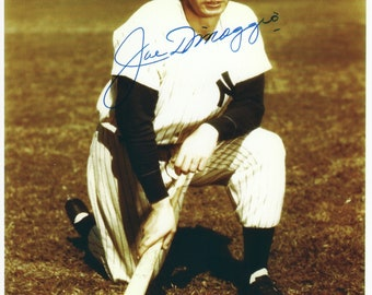fe046d7b83f20 Joe DiMaggio signed autographed 8 x 10 reprint photo Yankees
