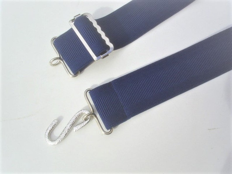 ladies wide elastic belts with snake buckle fits 24 to 34 inch waist