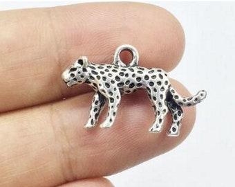 Leopard Cat Animal Mascot Silver Charm Pendant C0449 5 PCS