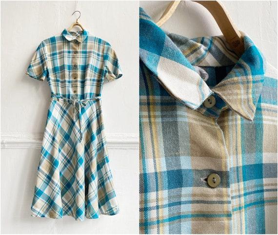 60s 70s Pastel Plaid Dress size S Button Up Fit an