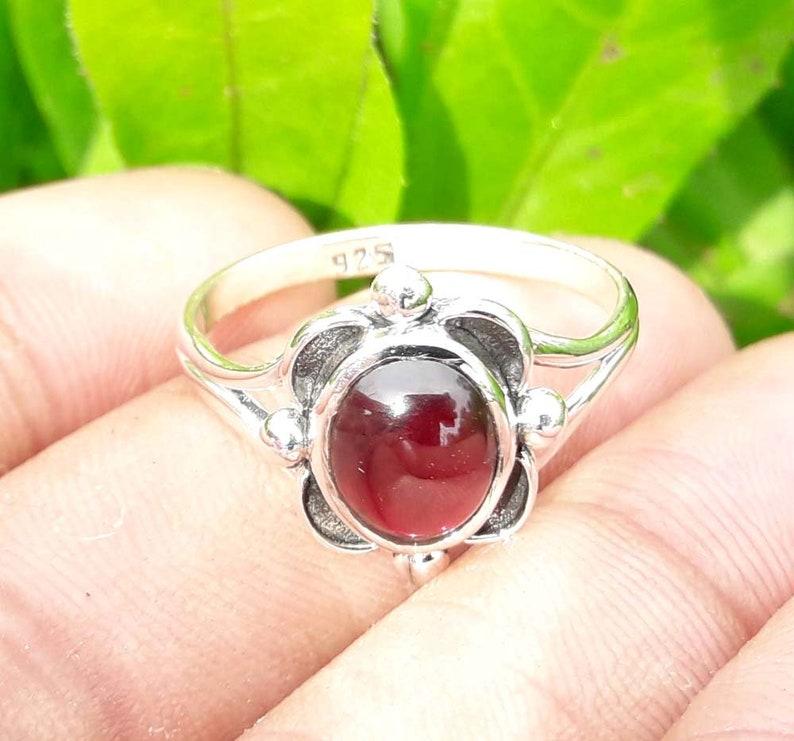 Gemstone Ring 92.5/% Sterling Silver Ring Women Jewelry Traditional Ring Handmade Ring Garnet Ring Birthday Jewelry Beautiful Ring