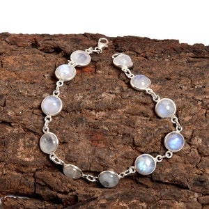 Natutal Moonstone rainbow silver bracelate for her 925 stearling silver fine quality rainbow wedding gift anniversery gift birthday gift