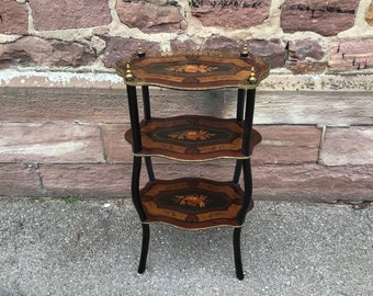 Sellette Napoleon III marquetry 1880s French inlaid occasional table