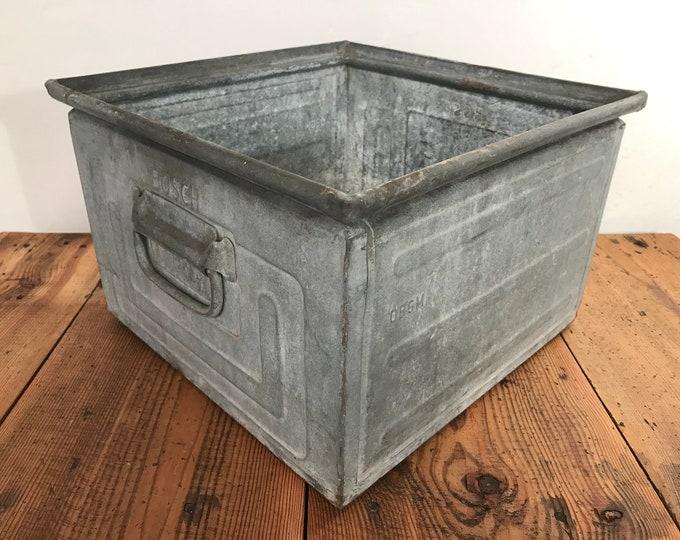 1 von 4 große Vintage Stapelbox Bosch quadratisch