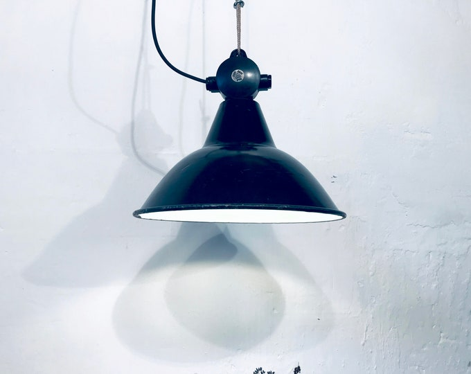 VEB Fabriklampe schwarz