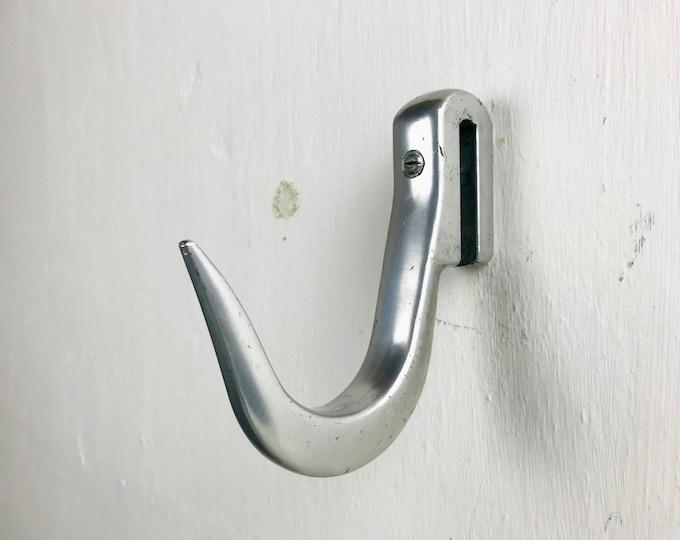 großer Haken Aluminium