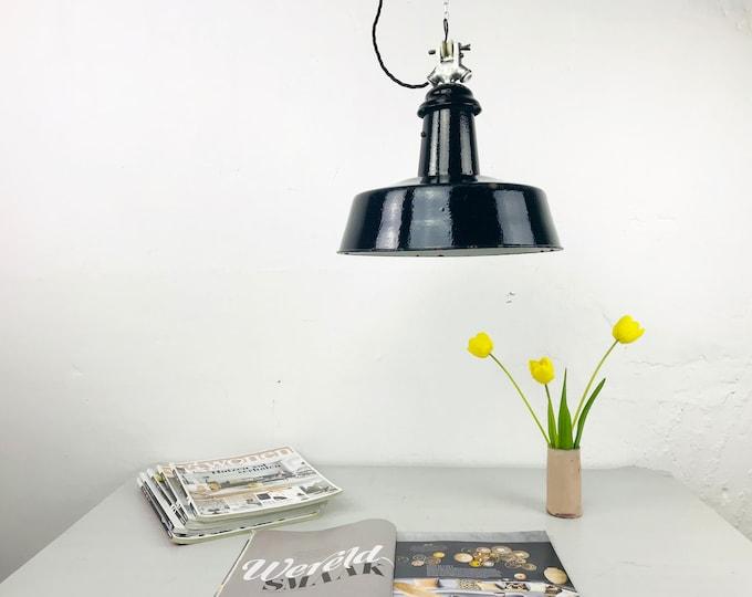 Emaillelampe schwarz 20s 30s Bauhaus