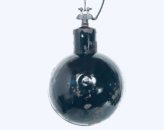Rare oblique enamel luminous light block 30s Bauhaus lamp industrial vintage