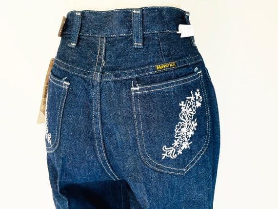 Vintage 70s Maverick bell bottom with embroideries size L